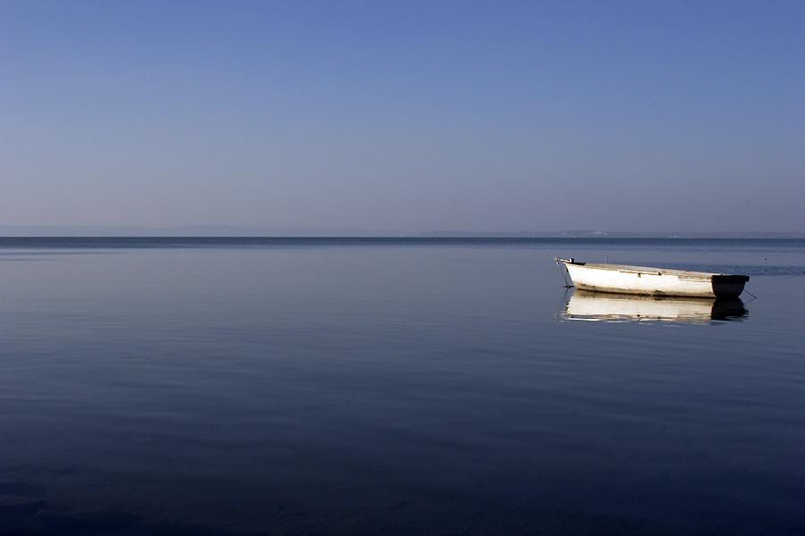 01_boat_001.jpg
